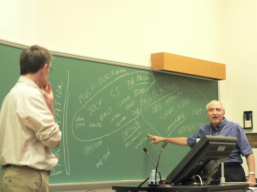 Бен Шнейдерман (родился 21 августа 1947 года) — американский ученый-компьютерщик и профессор Лаборатории человеко-машинного взаимодействия Университета штата Мэриленд.
